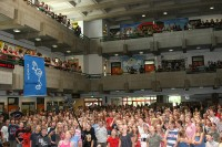 Die versammelte Schülerschaft des GSG<br />© Foto: Renate Bonow<br /><br />